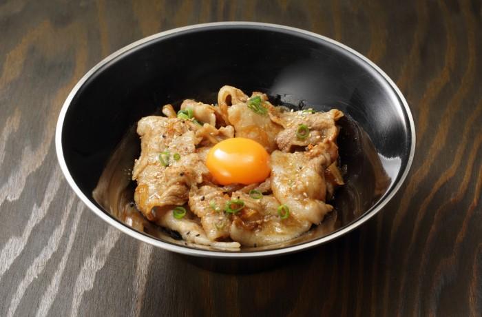 新潟米の豚力小丼 $5.00<br />BUTARIKI NIIGATA Rice mini DON